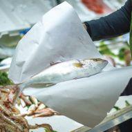 Carta vegetale impermeabile Romat per pesce e formaggi